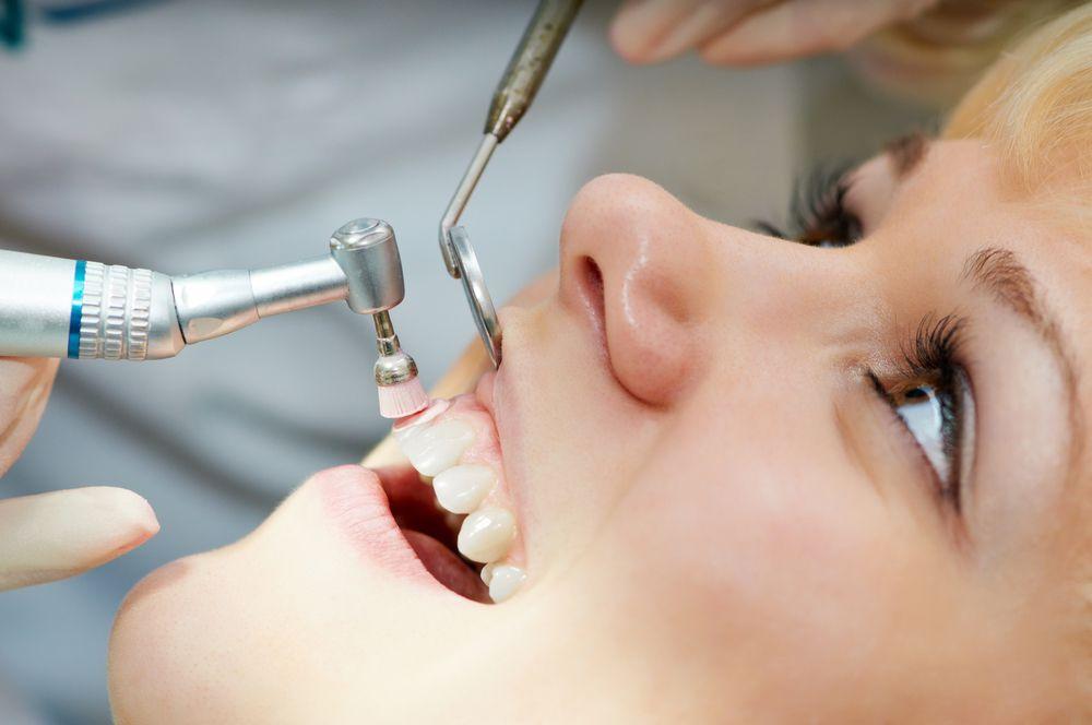 Dr-Brandhorst-Dental-Cleaning